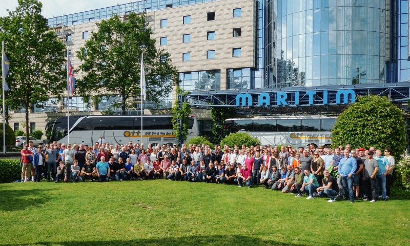 200 employees of König & Meyer on tour
