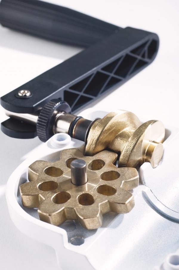 Distanzrohr mit Kurbel und »Ring Lock«